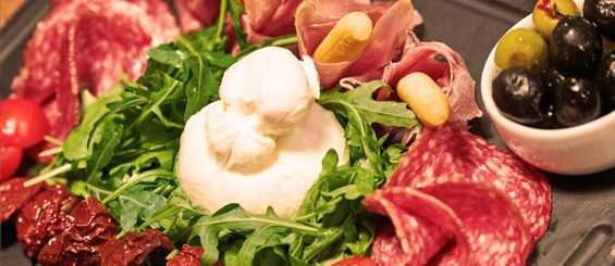 red-angus-cold-cuts-plate